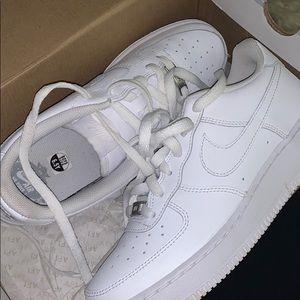 White AF1